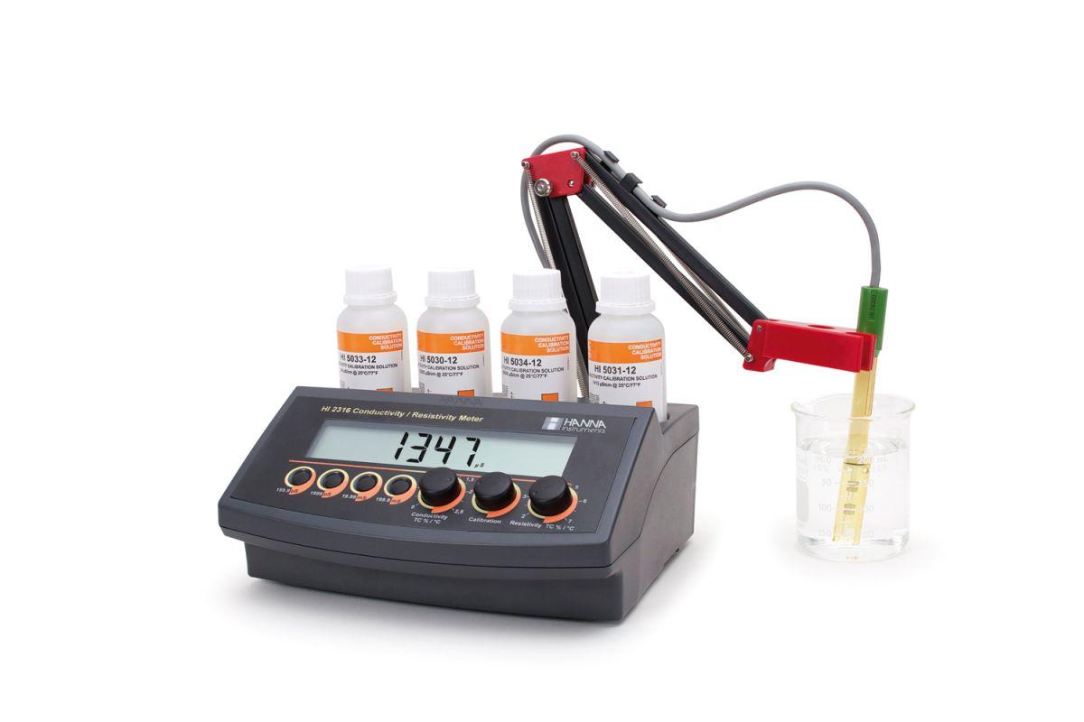 Benchtop Conductivity Meter with ATC - HI2315