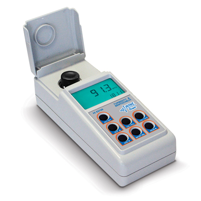 [:lt]HI83749 Fotometras WINELINE - Drumzlėms ir Bentonitui vyne nustatyti[:en]HI83749 Turbidity meter WINELINE - for turbidity and bentonite[:]