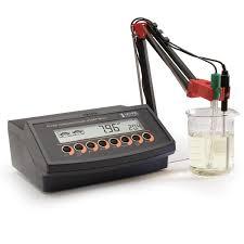 [:lt]HI2221 pH matuoklis[:en]HI2221 pH meter with Cal Check Electrode diagnostics[:]